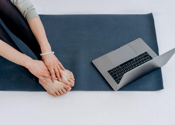 Online Yoga Workshop Stoel Yoga Training Zoom MSTeams Trainer YOGA